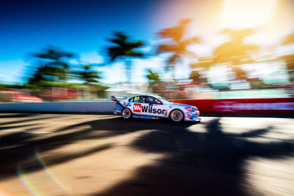 2017 Supercars Championship Round 7.  Townsville 400, Reid Park, Townsville, Queensland, Australia. Friday 7th July to Sunday 9th July 2017. Garth Tander drives the #33 Wilson Security Racing GRM Holden Commodore VF. World Copyright: Daniel Kalisz/ LAT Images Ref: Digital Image 070717_VASCR7_DKIMG_1986.jpg