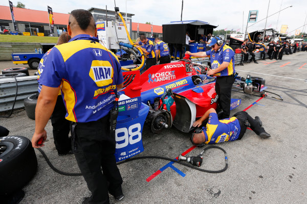 Verizon IndyCar Series Honda Indy 200 at Mid-Ohio Mid-Ohio Sports Car Course, Lexington, OH USA Friday 28 July 2017 Alexander Rossi, Andretti Herta Autosport with Curb-Agajanian Honda World Copyright: Phillip Abbott LAT Images ref: Digital Image abbott_midohio_0717_0089