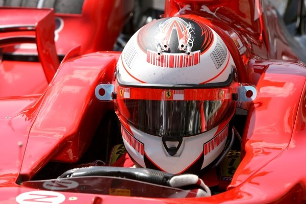 Kimi Raikkonen (FIN) Ferrari F2007  Formula One World Championship, Rd17, Brazilian Grand Prix, Qualifying Day, Interlagos, Sao Paulo, Brazil, Saturday 20 October 2007. BEST IMAGE