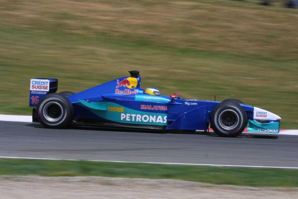 2001 Spanish Grand PrixCatalunya, Barcelona, Spain. 27-29 April 2001.Nick Heidfeld (Sauber C20 Petronas) 6th position.World Copyright - LAT Photographicref: 8 9 MB Digital File