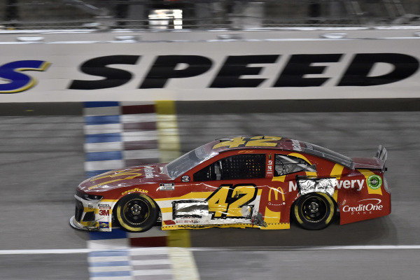 #42: Matt Kenseth, Chip Ganassi Racing, McDelivery Chevrolet Camaro