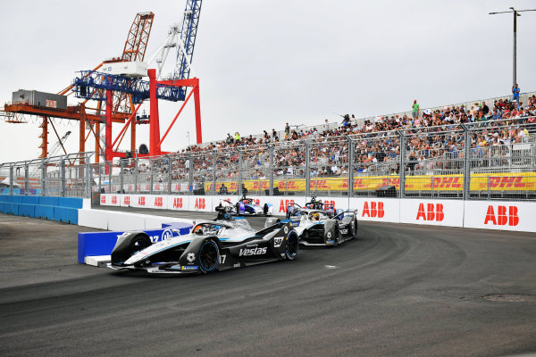 Nyck de Vries (NLD), Mercedes Benz EQ, EQ Silver Arrow 02, leads Stoffel Vandoorne (BEL), Mercedes Benz EQ, EQ Silver Arrow 02