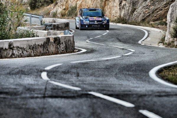 Jari-Matti Latvala (FIN) / Miikka Anttila (FIN), Volkswagen Polo R WRC at FIA World Rally Championship, Rd12, RAAC Rally de Espana, Day Two, Costa Daurada, Catalunya, Spain, 24 October 2015.
