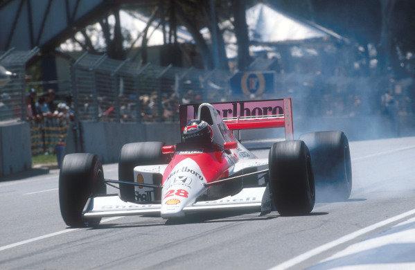 1990 Australian Grand Prix.Adelaide, Australia.2-4 November 1990.Gerhard Berger (McLaren MP4/5B Honda) 4th position locks up.Ref-90 AUS 07.World Copyright - LAT Photographic