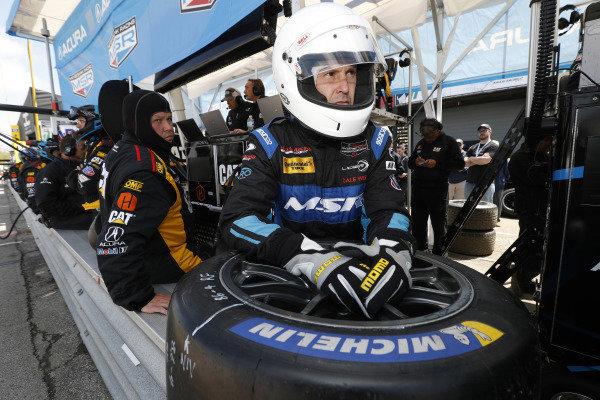 #57 Heinricher Racing w/Meyer Shank Racing Acura NSX GT3, GTD: Katherine Legge, Christina Nielsen, Michelin