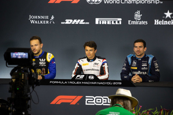 HUNGARORING, HUNGARY - AUGUST 02: Luca Ghiotto (ITA, UNI VIRTUOSI) Nyck De Vries (NLD, ART GRAND PRIX) and Nicholas Latifi (CAN, DAMS) during the Hungaroring at Hungaroring on August 02, 2019 in Hungaroring, Hungary. (Photo by Joe Portlock / LAT Images / FIA F2 Championship)