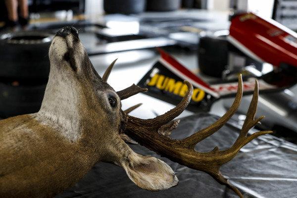 #21: Rinus VeeKay, Ed Carpenter Racing Chevrolet garage. Only in Texas.