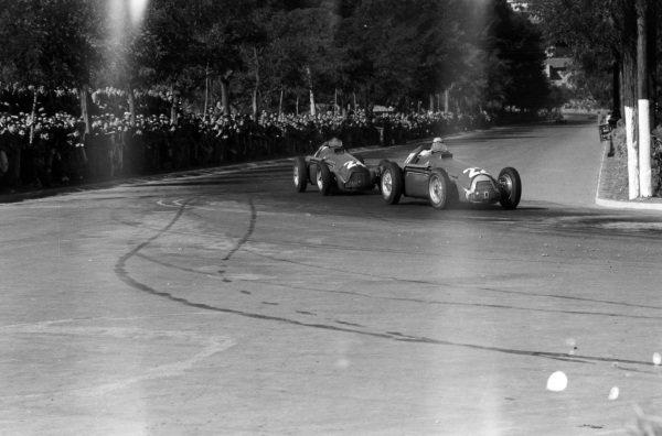 Juan Manuel Fangio, Alfa Romeo 159, leads Felice Bonetto, Alfa Romeo 159.