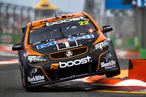 2017 Supercars Championship Round 12.  Gold Coast 600, Surfers Paradise, Queensland, Australia. Friday 20th October to Sunday 22nd October 2017. James Courtney, Walkinshaw Racing.  World Copyright: Daniel Kalisz/LAT Images Ref: Digital Image 201017_VASCR12_DKIMG_0484.jpg