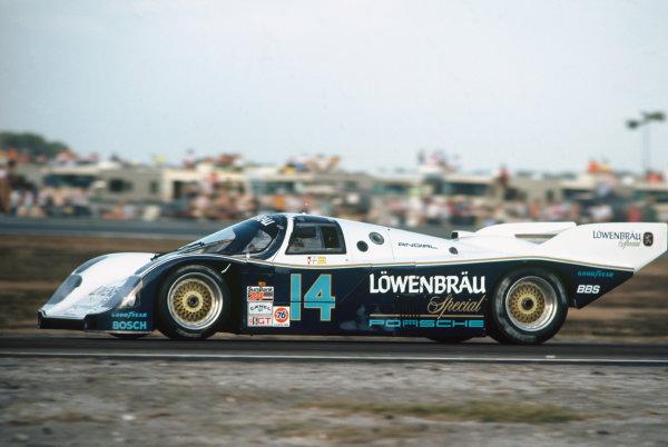 Daytona 24 Hours, Florida, USA. 2nd - 3rd February 1985. Rd 1. Al Unser, Jr./Derek Bell/Al Holbert (Porsche 962), 2nd position, action.  World Copyright: LAT Photographic. Ref:  85IMSA DAY01.