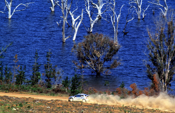 Rally Australia10th-12th November 2000Marcus Gronholm and  Timo Rautiainen , Peugeot 206. Promoted to 1st position after Makinen's disqualification.World Copyright © LAT Photographic