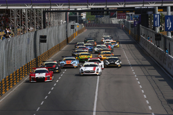 Edoardo Mortara (ITA) Audi Sport Team Phoenix, Audi R8 LMS leads the field of the grid at the start at SJM Macau GT Cup - FIA GT World Cup, Macau, China, 19-22 November 2015.