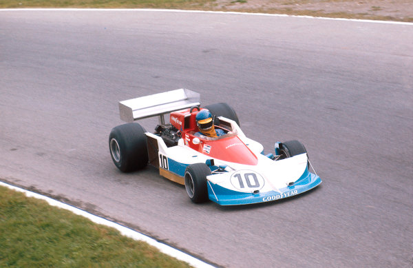 1976 Italian Grand Prix.Monza, Italy.10-12 September 1976.Ronnie Peterson (March 761 Ford) 1st position at Parabolica. Taking March's last Grand Prix win.Ref-76 ITA 13.World Copyright - LAT Photographic