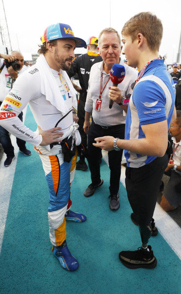 Fernando Alonso, McLaren, Martin Brundle and Billy Monger on the grid.