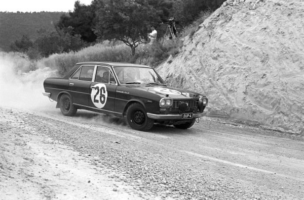 Hannu Mikkola / Annsi Järvi, Datsun 2000.