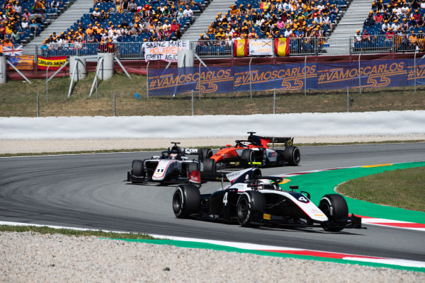 Nyck De Vries (NLD, ART GRAND PRIX) and Callum Ilott (GBR, SAUBER JUNIOR TEAM BY CHAROUZ)