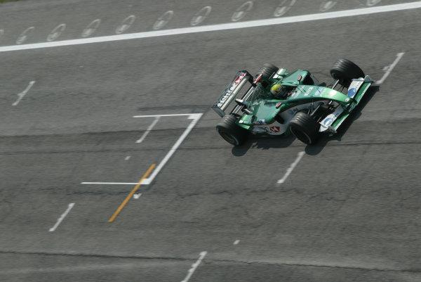 2003 San Marino Grand Prix - Friday 1st QualifyingImola, Italy. 18th April 2003Mark Webber, Jaguar R4, action.World Copyright: Steve Etherington/LAT Photographic ref: Digital Image Only