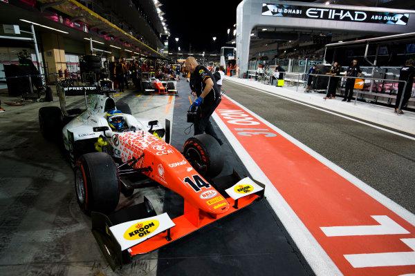 2017 FIA Formula 2 Round 11. Yas Marina Circuit, Abu Dhabi, United Arab Emirates. Saturday 25 November 2017. Sergio Sette Camara (BRA, MP Motorsport).  Photo: Sam Bloxham/FIA Formula 2. ref: Digital Image _W6I3237