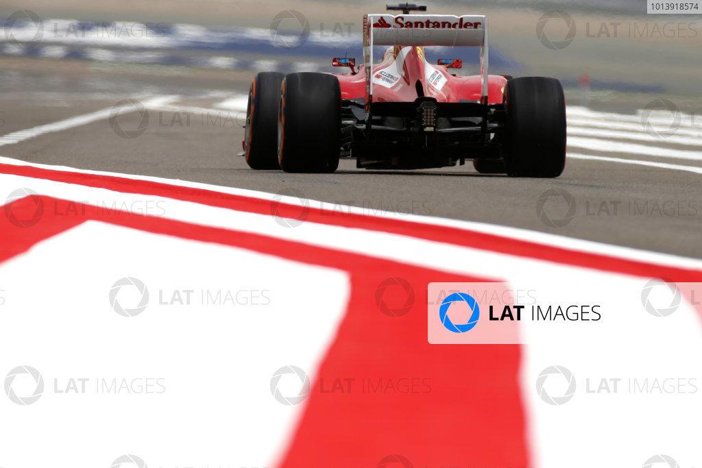 Bahrain International Circuit, Sakhir, Bahrain Friday 19th April 2013 Fernando Alonso, Ferrari F138.  World Copyright: Glenn Dunbar/LAT Photographic ref: Digital Image _89P0092
