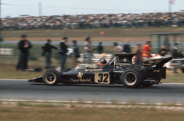 1972 Belgian Grand Prix.  Nivelles-Baulers, Belgium. 2-4th June 1972.  Emerson Fittipaldi, Lotus 72D Ford, 1st position.  Ref: 72BEL39. World Copyright: LAT Photographic