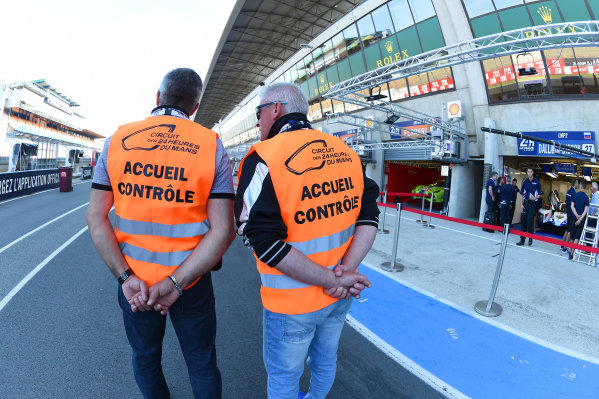 2017 Le Mans 24 Hours test day. Circuit de la Sarthe, Le Mans, France. Friday 2 June 2017 Track officials World Copyright: Rainier Ehrhardt/LAT Images ref: Digital Image 24LM-testday-re-0001