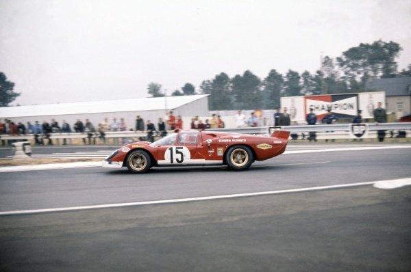1970 Le Mans 24 hours. Le Mans, France. 13-14 June 1970. Mike Parkes/Herbert Muller (Ferrari 512S), retired. World Copyright: LAT Photographic Ref: 70LM33