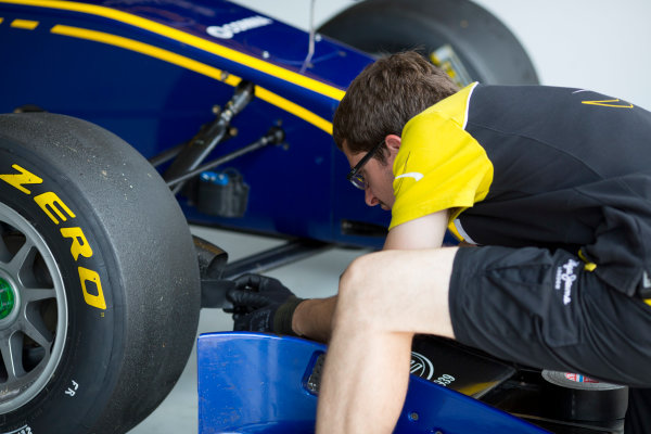 2016 GP3 Series Testing.  Spielberg, Austria. Red Bull Ring,  Wednesday 8th June 2016 . A Dams mechanic at work. Photo: Alastair Staley/GP3 Media Service  ref: 580A9094