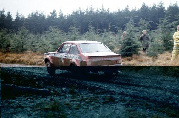 1976 Lombard RAC Rally.Bath, Great Britain. 27-30 November 1976.Roger Clark/Stuart Pegg (Ford Escort RS1800), 1st position.World Copyright: LAT PhotographicRef: 35mm transparency 76RAC02