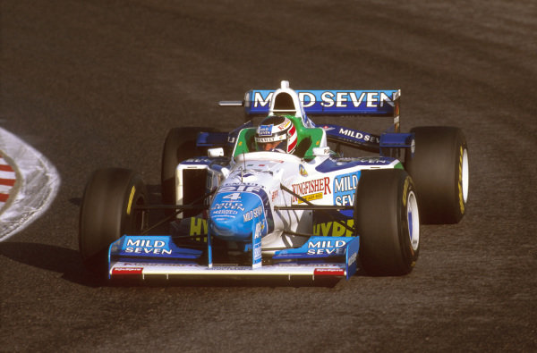 Estoril, Portugal.20-22 September 1996.Gerhard Berger (Benetton B196 Renault) 6th position.Ref-96 POR 10.World Copyright - LAT Photographic