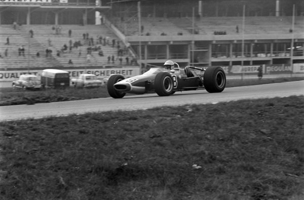 Jo Schlesser, McLaren M4A Cosworth.