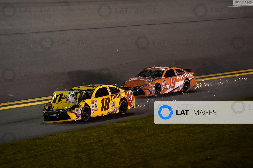 12-13 February, 2016, Daytona Beach, Florida, USA Kyle Busch, M&M's 75 Toyota Camry (18), Carl Edwards, Arris Toyota Camry (19) ?2016, John Harrelson / LAT Photo USA