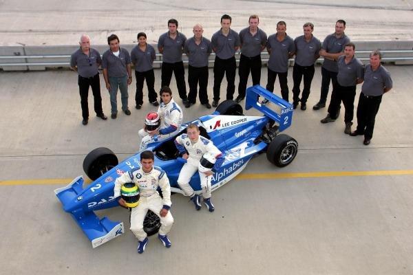 2004 Soper Sport team shot.Formula BMW UK Championship, Rockingham, England, 4-5 September 2004.DIGITAL IMAGE.