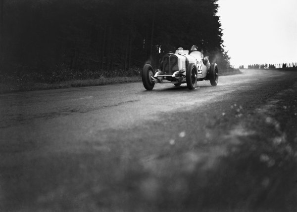 Nurburgring, Germany. 19th July 1931. Otto Spandel (Mercedes-Benz SSK), 9th position, action. World Copyright: LAT Photographic. Ref:  Autocar Glass Plate B6809