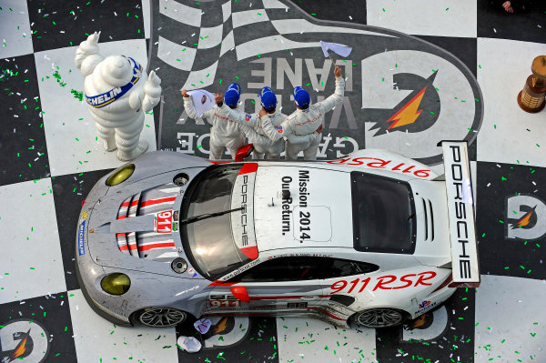 23-26 January, 2014, Daytona Beach, Florida USA The GTLM class winner in Victory Lane. #911, Porsche, 911 RSR, GTLM, Nick Tandy, Richard Lietz, Patrick Pilet ©2014, F. Peirce Williams LAT Photo USA