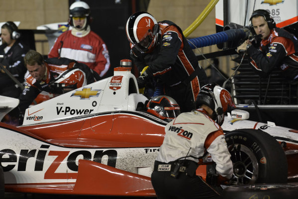 Juan Pablo Montoya (COL) Team Penske, makes a pit stop.Verizon IndyCar Series, Rd18, MAVTV 500, Auto Club Speedway, Fontana, USA, 29-30 August 2014.