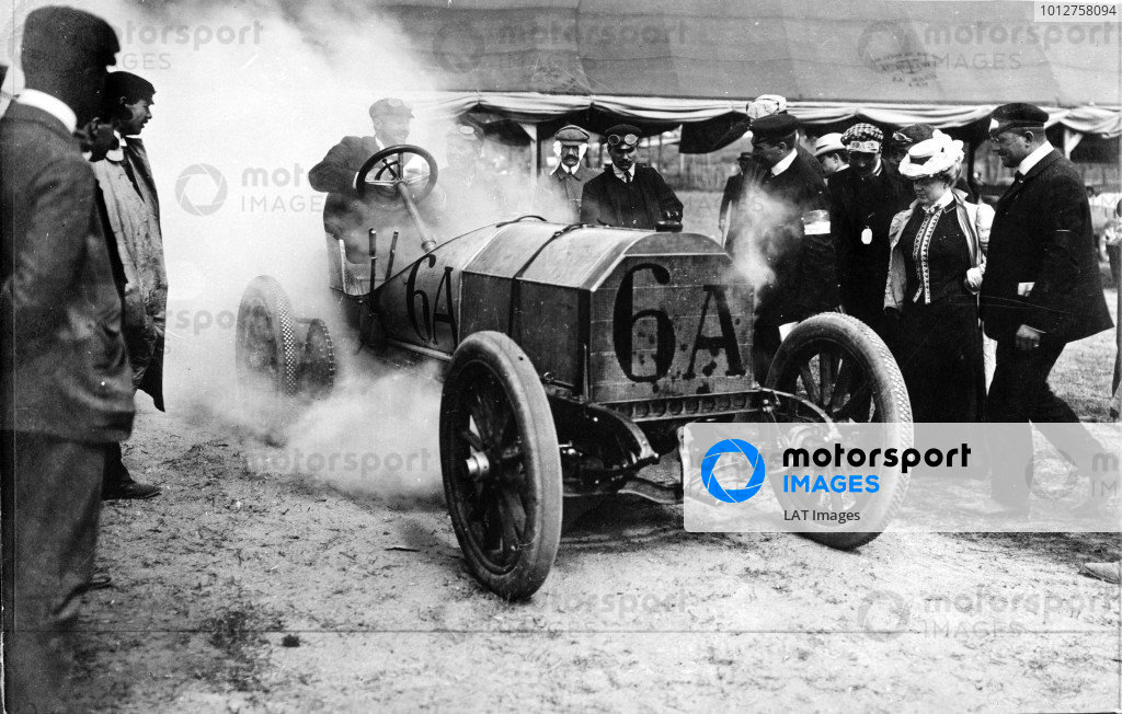 1906 French Grand Prix.Le Mans, France.26-27 June 1906.Camille Jenatzy (Mercedes 120) 10th position.Published-Autocar 7/7/1906 p10. Ref-S65-3371.A Race Through Time exhibition number 68.World Copyright - LAT Photographic