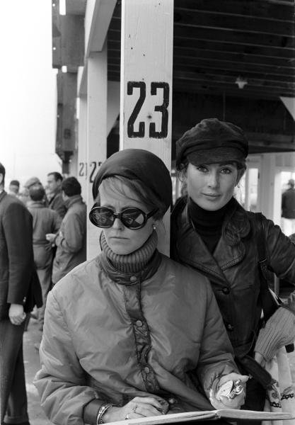 Right: Nina Rindt assisting with the timekeeping. Formula One World Championship, US GP, Watkins Glen, 1 Oct 1967