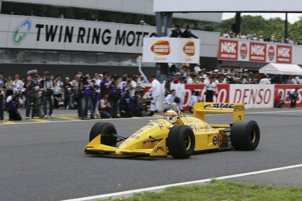 2007 Formula Nippon ChampionshipTwinring Motegi, Japan.19th - 20th May 2007Satoru Nakajima, Lotus Honda 100T, demonstration.World Copyright: Yasushi Ishihara/LAT Photographicref: Digital Image 2007_FN_Rd3_024