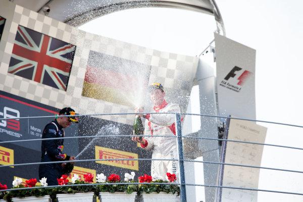 2014 GP3 Series. Round 7.   Autodromo di Monza, Monza, Italy. Sunday 7 September 2014. Alex Lynn (GBR, Carlin) and Dean Stoneman (GBR, Marussia Manor Racing). Photo: Zak Mauger/GP3 Series Media Service. ref: Digital Image IMG_9497