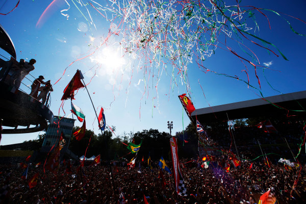 Autodromo Nazionale di Monza, Monza, Italy. Sunday 6 September 2015. The huge crowd gathers to celebrate with the winning drivers. World Copyright: Glenn Dunbar/LAT Photographic ref: Digital Image _W2Q2043