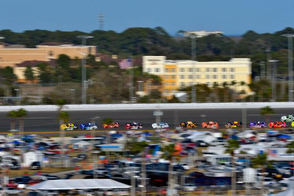 19-20 February, 2016, Daytona Beach, Florida USA Kasey Kahne leads through turn 3. ?2016, F. Peirce Williams LAT Photo USA