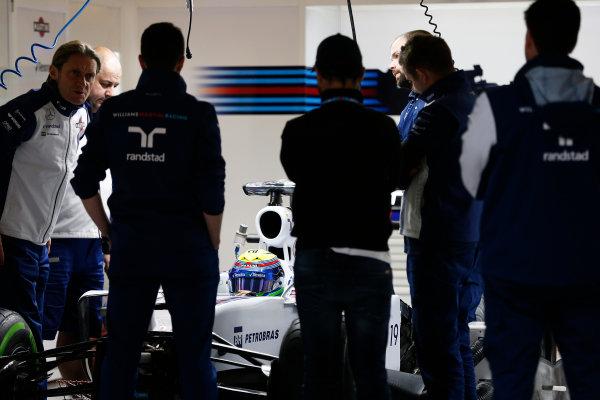 Shanghai International Circuit, Shanghai, China. Thursday 9 April 2015. Felipe Massa, Williams F1, in the garage. World Copyright: Charles Coates/LAT Photographic. ref: Digital Image _J5R6417