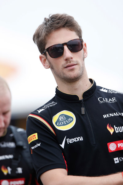 Interlagos, Sao Paulo, Brazil. Friday 7 November 2014. Romain Grosjean, Lotus F1. World Copyright: Charles Coates/LAT Photographic. ref: Digital Image _N7T7366