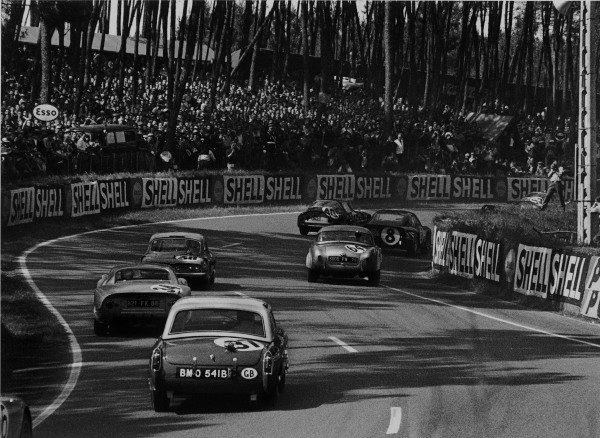 Le Mans, France. 20th - 21st June 1964. Fernand Masoero/Jean Rolland, Alfa Romeo Giulia TZ-1, (#40), retired, action. World Copyright: LAT Photographic. Ref: 11026G/7-7A