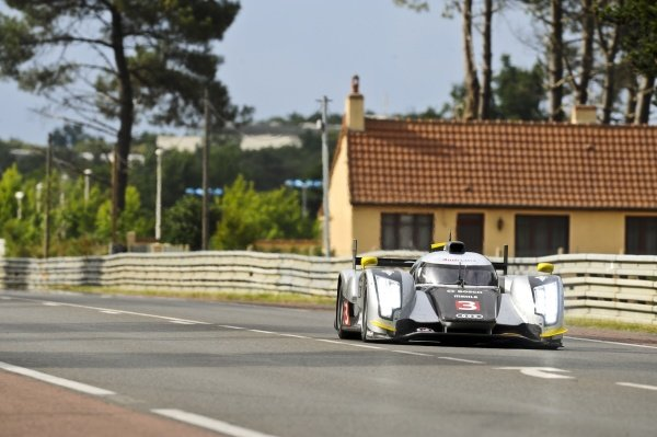 Tom Kristensen (DEN) / Rinaldo Capello (ITA) / Allan McNish (GBR), Audi Sport North America Audi R18 TDI. Le Mans 24 Hours, Le Mans, France, Qualifying, 8-9 June 2011.