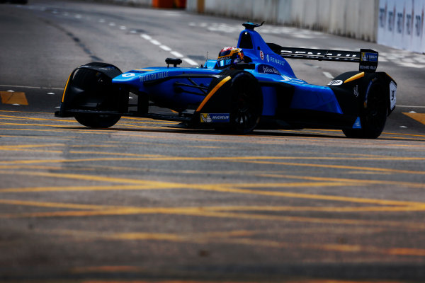 Suzuka Circuit, Japan. Sunday 09 October 2016. Sebastien Buemi (9, Renault e.dams). World Copyright: Zak Mauger/LAT Photographic ref: Digital Image _L0U0820