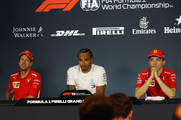 Lewis Hamilton, Mercedes AMG F1, Sebastian Vettel, Ferrari, and Charles Leclerc, Ferrari, in the press conference