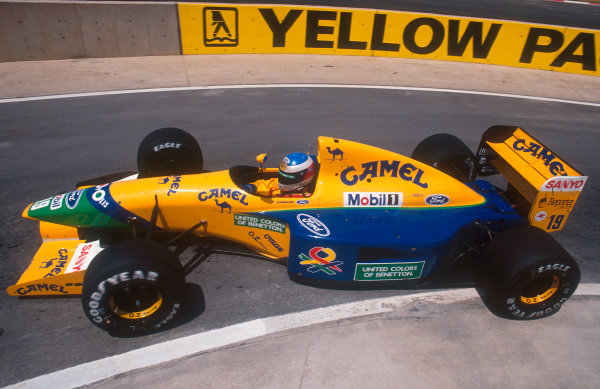 1992 South African Grand Prix.Kyalami, South Africa.28/2-1/3 1992.Michael Schumacher (Benetton B191B Ford) 4th position.Ref-92 SA 05.World Copyright - LAT Photographic