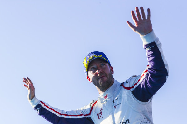 Robin Frijns (NLD), Envision Virgin Racing, 2nd position, celebrates in Parc Ferme