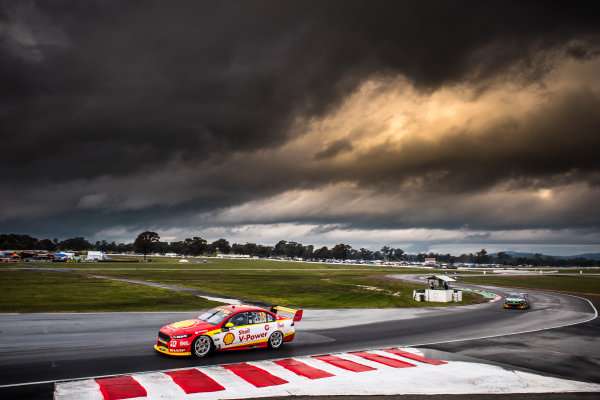 2017 Supercars Championship Round 5.  Winton SuperSprint, Winton Raceway, Victoria, Australia. Friday May 19th to Sunday May 21st 2017. Fabian Coulthard drives the #12 Shell V-Power Racing Team Ford Falcon FGX. World Copyright: Daniel Kalisz/LAT Images Ref: Digital Image 190517_VASCR5_DKIMG_3544.JPG